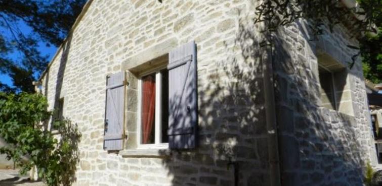 Façade et mur imitation pierres avec Façon-Pierre à Saint Rambert D'Albon dans la Drôme (26140)